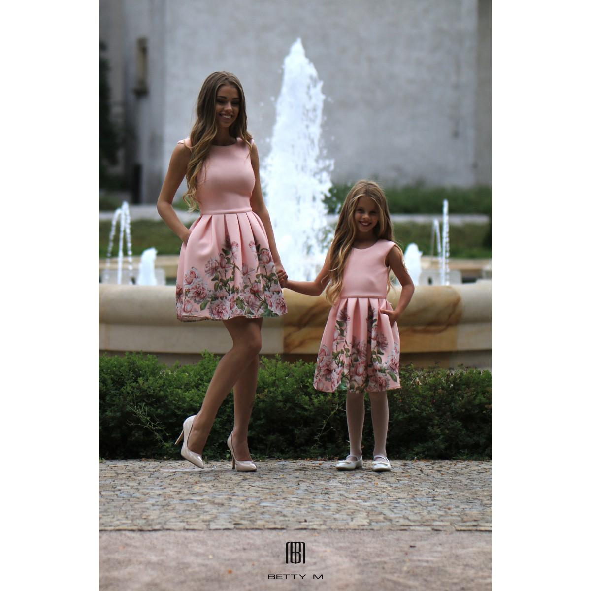 Detské šaty Ruža ružové d54049ea506