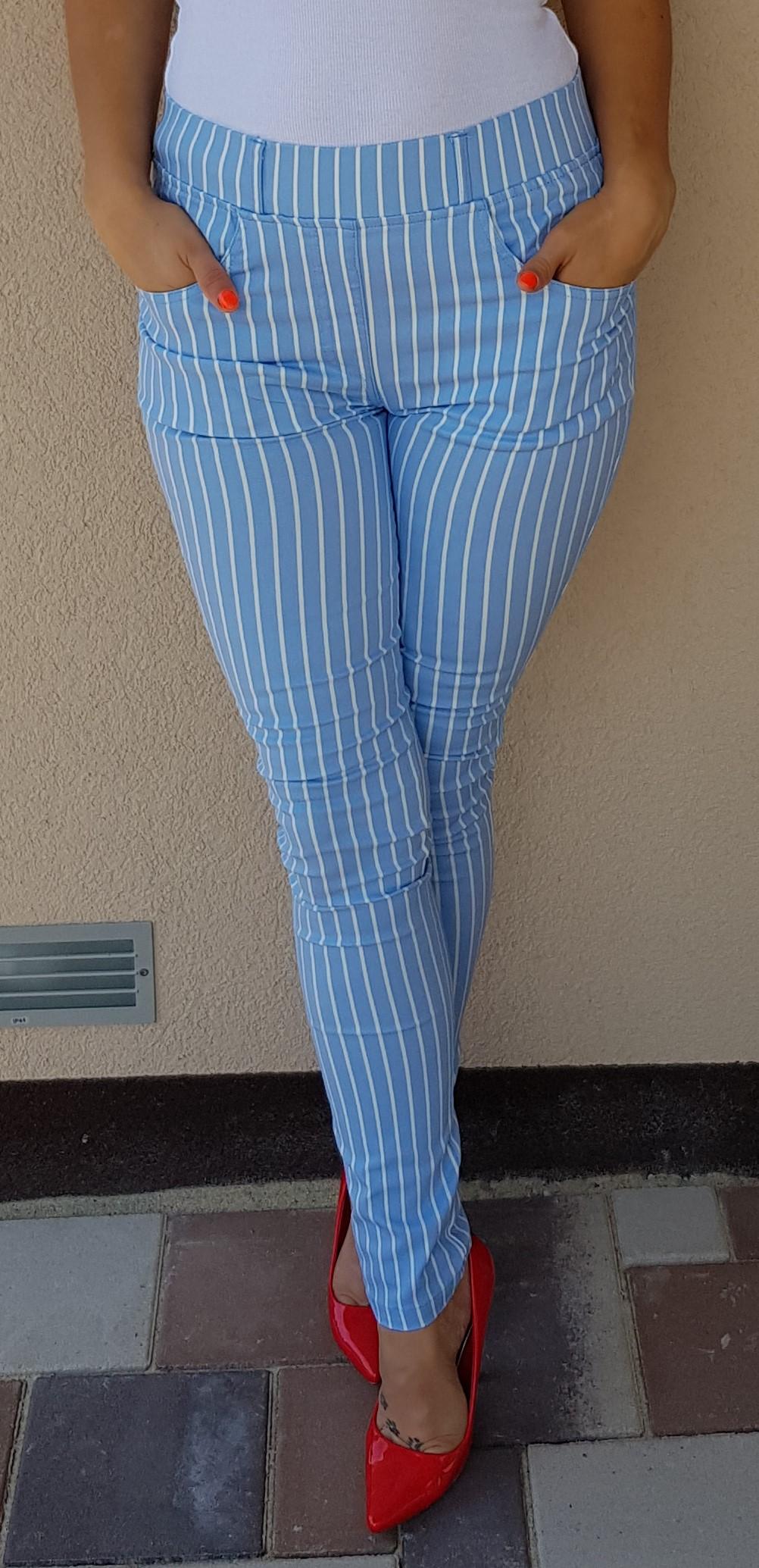 a9e48c982276 Pásikavé nohavice svetlo modré