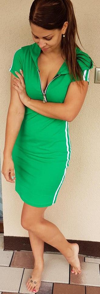 670dac0e2 Športové šaty so zipsom zelené