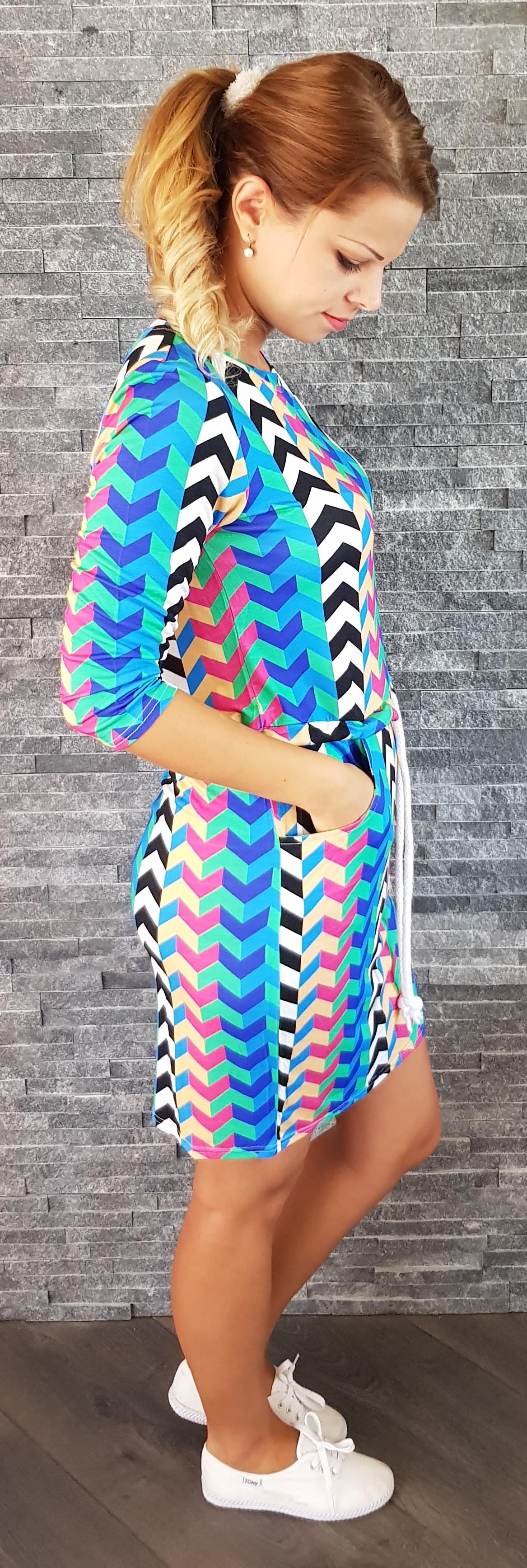 6e5e4632339b COCOVIU Športové zigzag šaty Barcelona