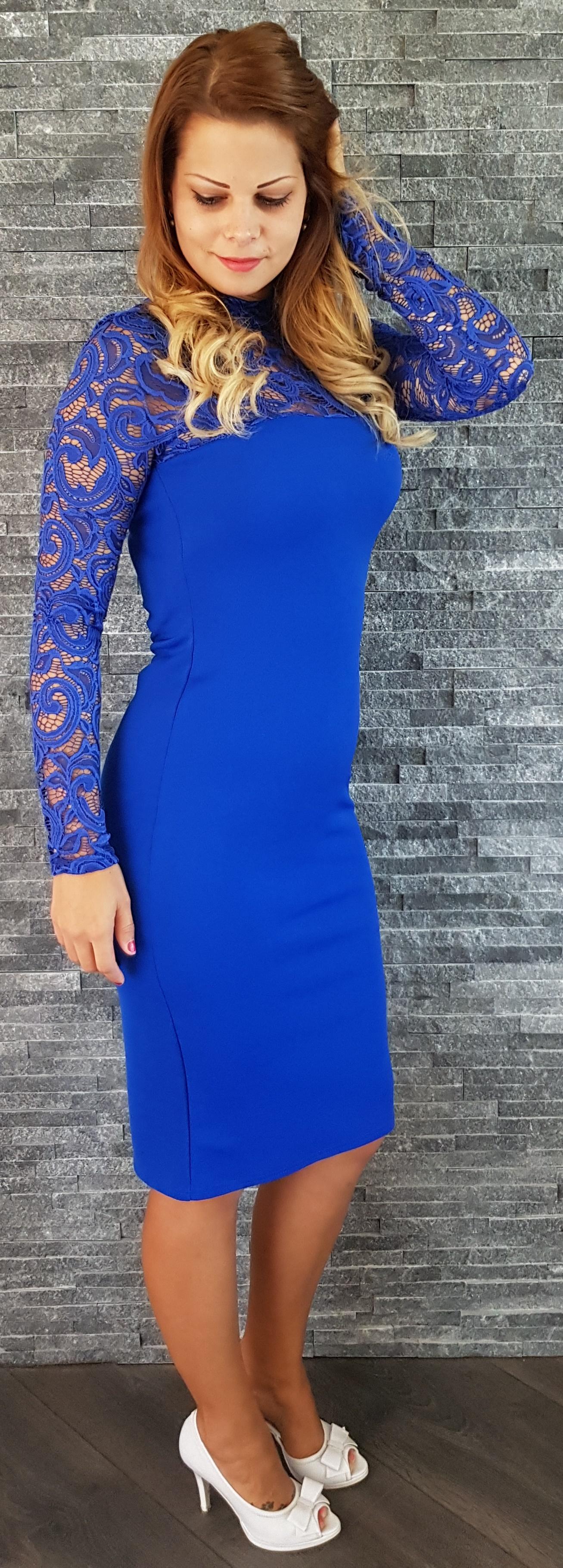 01b97576dda7 Kráľovsky modré čipkované šaty Popoluška