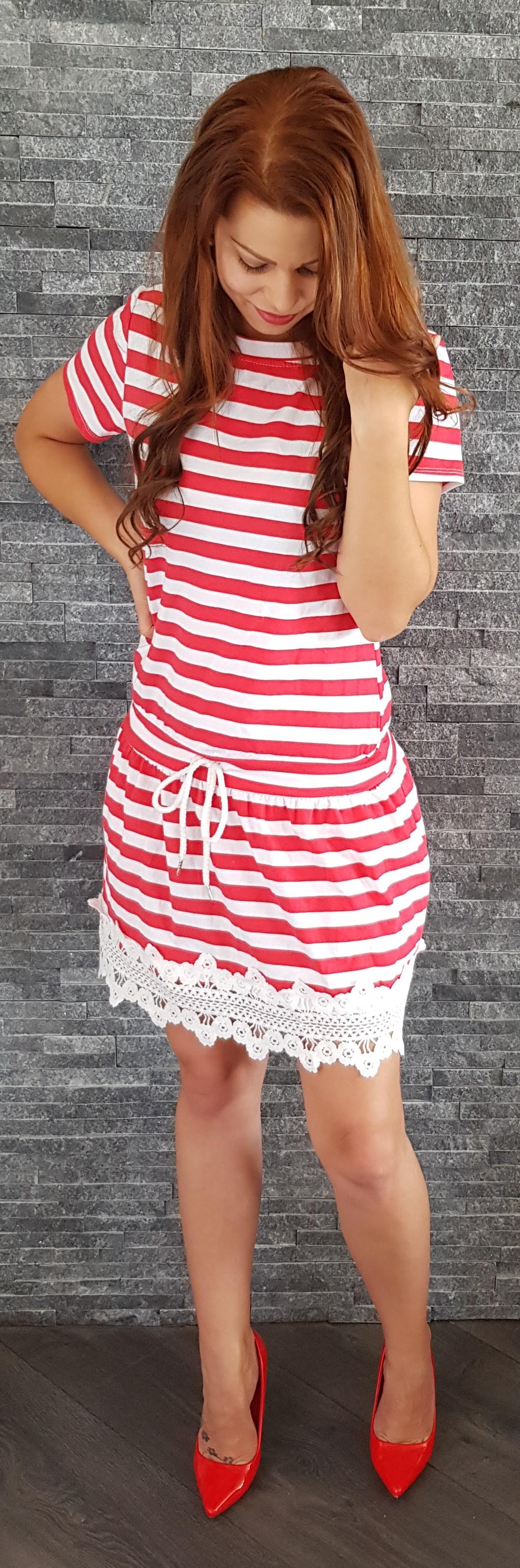 f26573dd00bf Červené pásikavé námornícke šaty