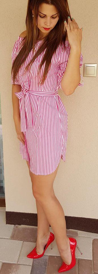 20d3eaf88b Pásikavé letné šaty s gombíkmi ružové