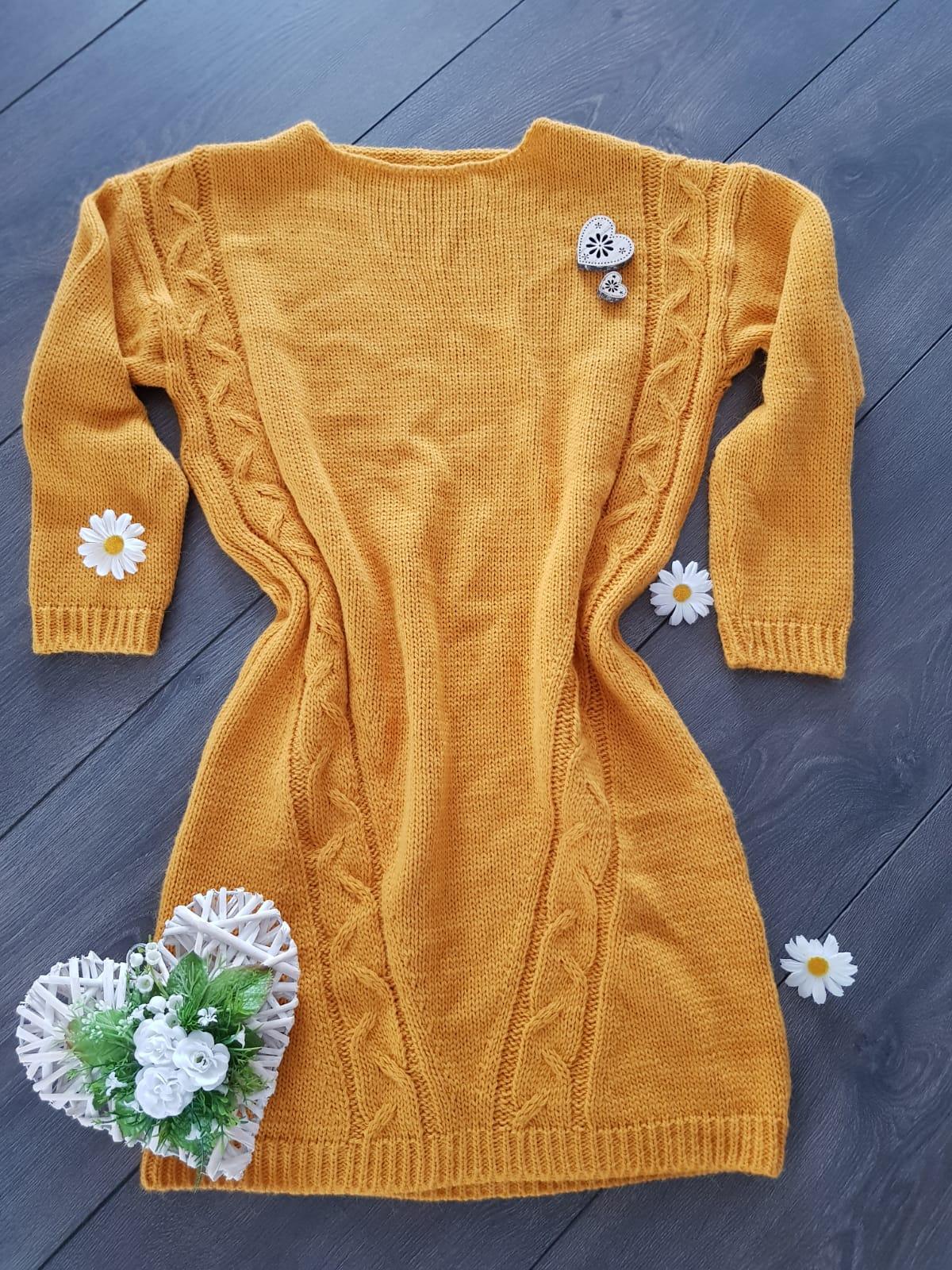 09e1b24e6e0a Oversized pletené šaty horčicové