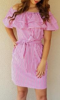 c70e392c1699 Pásikavé letné šaty s volánom ružové
