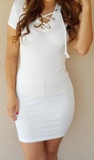 f3fb4d52a4be Šaty so šnúrkou biele